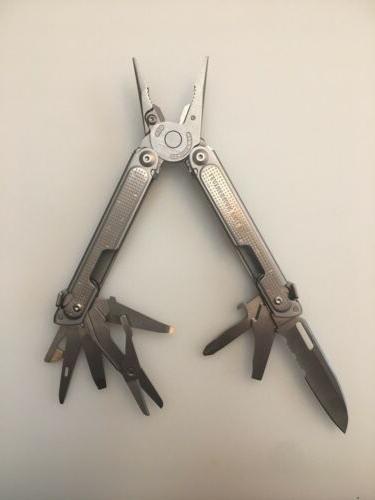 new without box free k2 pocket knife