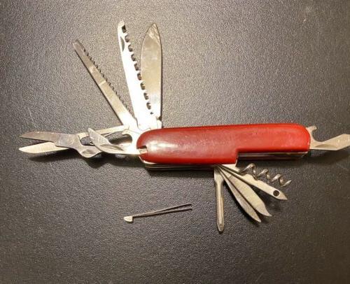 swiss army fieldmaster pocket knife