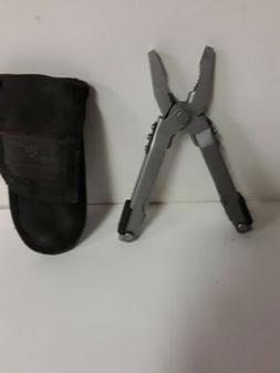 Gerber multi tool pliers with many other options comes with